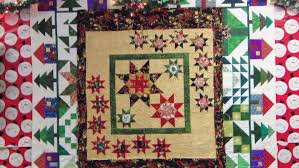 Deb Tucker Quilt Designs Christmas Quilt Made For My Sister In Law Ruler Used Is By
