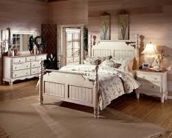 vintage look bedroom furniture. Full Size Of Bedroom Design:vintage Look Furniture Inspiration Vintage Style Decor Themes Y