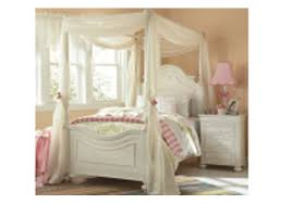Charlotte Full Low Poster Bed w/Canopy Kit By Legacy Classic Kids