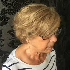 Resultado de imagem para harmonizar a cor do cabelo nas idosas