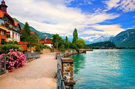 Swiss Lakeside Town Wallpaper and ...