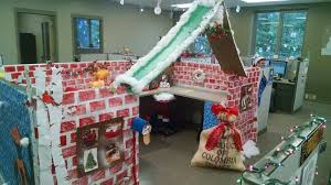 images christmas decorating contest. Christmas Cube Decorating Contest - Justifacts Images A