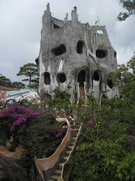 Crazy House | Unusual houses, Dalat vietnam and Guest houses