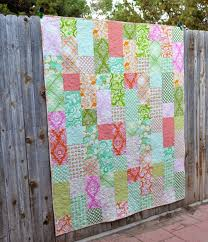 Happy Quilting: Fat Quarter Fizz!! Free pattern at the http://www ... & Happy Quilting: Fat Quarter Fizz!! Free pattern at the http:// Adamdwight.com