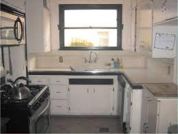 White River Granite Kitchen Kitchen Cabinets River White Granite Cream Cabinets Small Beach