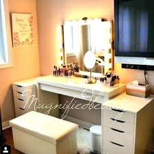 Best lighting for makeup vanity Vanity Set Makeup Table With Lighted Mirror Best Lighting For Makeup Table Makeup Desk With Lighted Mirror Dressing Makeup Table With Lighted Mirror Best Lighting For Makeup Table