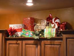 Decorating Kitchen Cabinets Christmas Decor Above Kitchen Cabinets Miserv
