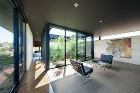 Mar 26, 2021 · small garden decking ideas come in handy when you're trying to make the most of a tiny unused space. 10 Modern Houses With Interior Courtyards Design Milk