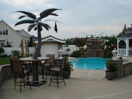 image of a palm tree table