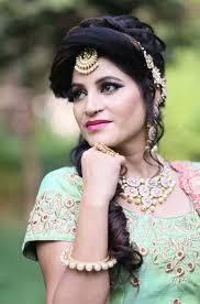 airbrush makeup arst in pitura delhi