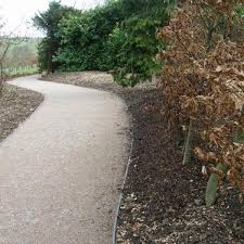 recycled plastic wood edging path