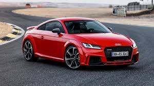 Audi TT RS Coupe (2016) review by CAR Magazine
