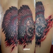 фото татуировки лев индеец в стиле трэш полька татуировки на