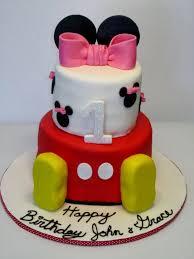 Simple Minnie Mouse Cake Design