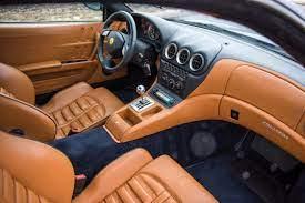 Passengers compartment upholstery and carpets. Interior Ferrari 575 M Maranello North America 2002 06
