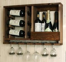 <b>Полки</b> и стеллажи для хранения вина: преиущества и недостатки