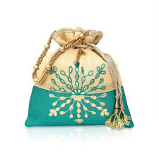 potli bag reflecting the true meaning of ravishing beauty here we have a luxurious favor bag design to serve as the best return gift return gift