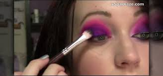 how to do an alice in wonderland cheshire cat makeup look makeup wonderhowto