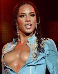 Alicia Keys goes naked to promote peace FamousBoard