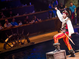 Scenes From Dolly Partons New Pirates Voyage Dinner Show In Pigeon Forge