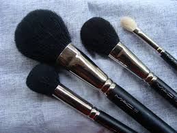 mac face brushes. here mac face brushes
