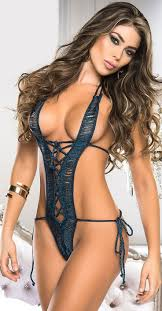 331 best Hot Sexy Brunettes images on Pinterest