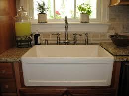 Kitchens With Farmhouse Sinks Farmhouse Kitchen Sinks For Country Kitchen Designs Kitchen Drop