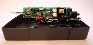 cracking open an apc battery backup techrepublic the apc circuit board