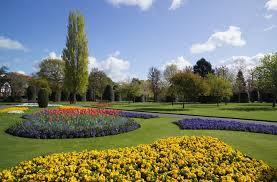 creative garden landscaping design ideas