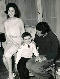 faten hamama and omar sherif with their son tarek | Egyptian actress,  Egyptian movies, Old celebrities