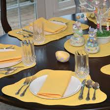 yellow placemats for round table