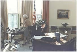oval office history. Office Desk ~ Oval Desks History \u2026 Pertaining To F