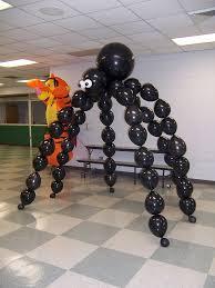 100_1684   <b>Halloween balloons</b> decorations, Halloween dance ...