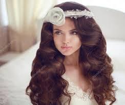 Svatební účes Krásná Bruneta Nevěsta Model Dívka S Dlouhými Stock