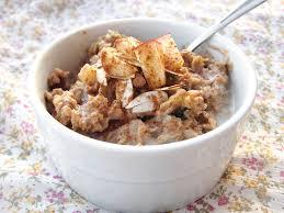 apple oatmeal. apple cinnamon oatmeal a