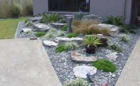 landscaping ideas with rocks front yard