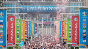 Euro 2020 final: Fans storm Wembley ...