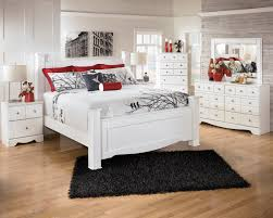 Signature Design By Ashley Weeki Contemporary Queen Poster Bed | Wayside  Furniture | Headboard U0026 Footboard