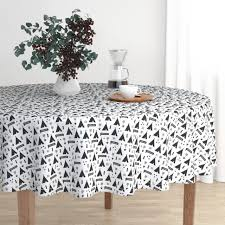 round tablecloth black and white tee arrows scandinavian indian cotton sateen