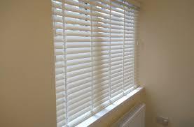 Vertical Blinds For Bay Windows Wooden Venetian  Craftmineco Bay Window Vertical Blinds