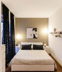 decorating small bedroom. Decorating Small Bedrooms With Beautiful Window Curtains Bedroom