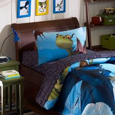 how to train your dragon bedroom decor how to train a dragon images dr on how