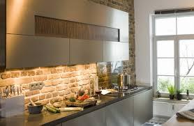 Light Under Kitchen Cabinet Kitchen Under Cabinet Lighting