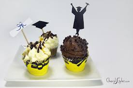 How To Make Graduation Cupcake Toppers Everyday Dishes