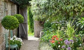 14 garden path ideas curved and