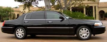 black lincoln town car 2014. lincoln town car extended sedan published july 14 2014 at 3312 1313 black