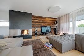 Wandverkleidung Holz Modernes Wohnzimmer Kamin Ecru Sofa HolzwandWohnzimmer  Modern Holz ...