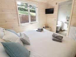photo of woodsman lodge 3 bed