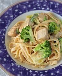 en broccoli pasta with cream