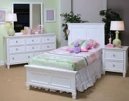 Tamarack 4 Piece Twin White Bedroom Set by New Classic – CRAZY BERNIE